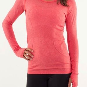 Swiftly tech long sleeve -Red